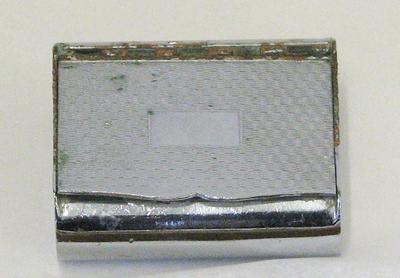 1990-039-003