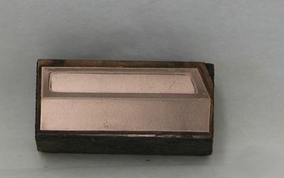 1979-002-034
