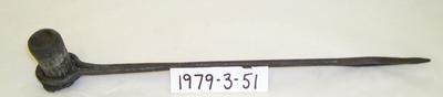 1979-003-051