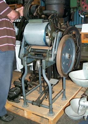 1993-024-001; printing press