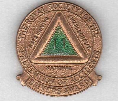 2001-018-008