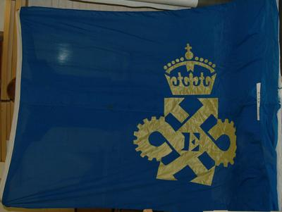 """2001-083-002; flag; """"Queen's Award for Industry"""""""