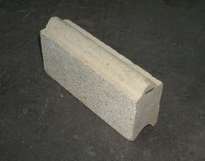 2001-083-007; brick; refractory