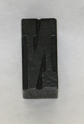 1977-049-016