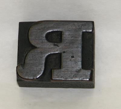 1977-049-017