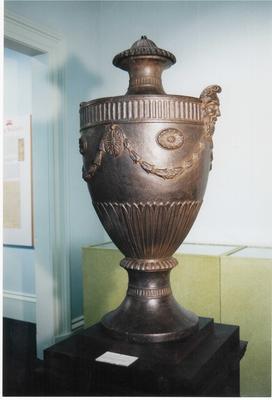1988-044-001