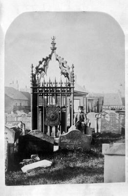 P16234; Tomb of Sir John de Graeme