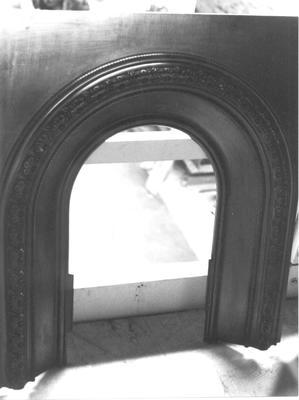1976-045-001