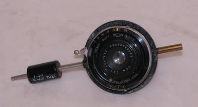 1982-089-008/001