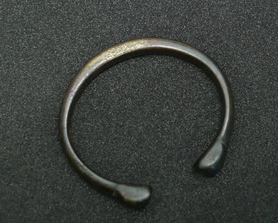 1972-072-043