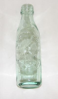 1981-003-005