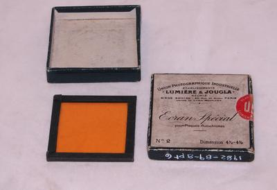 1982-089-008/006