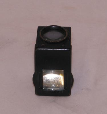 1982-089-008/007