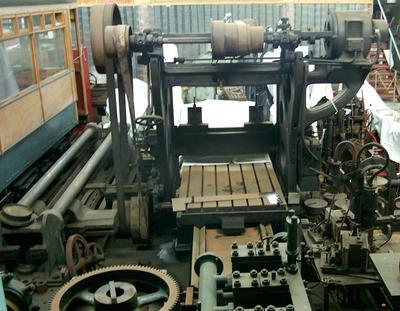 1977-071-001; machine; planing