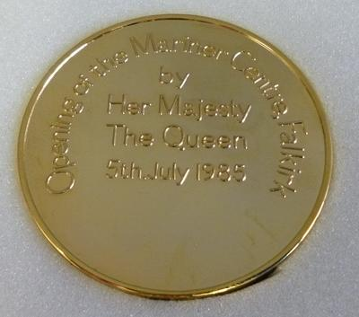 1985-044-001; medallion; Mariner Centre Falkirk
