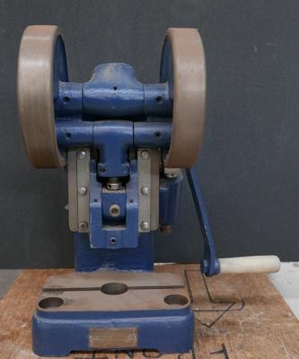 1986-094-001; toggle machine