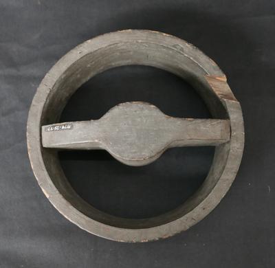 1979-025-077