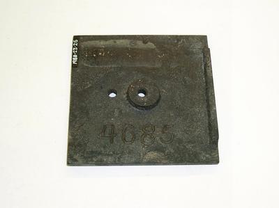 1980-023-026; pattern