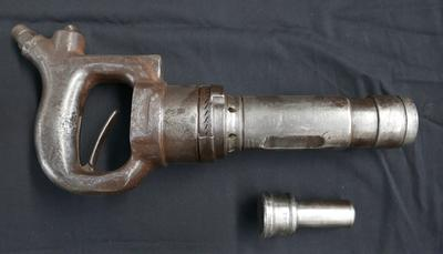 1979-025-186