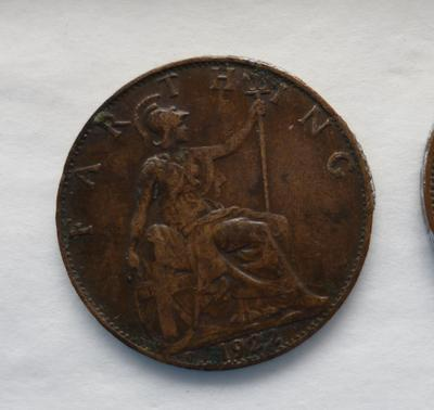 1987-059-004; coin; farthing