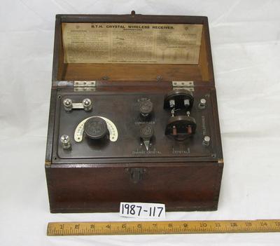 1987-117-001/001; wireless