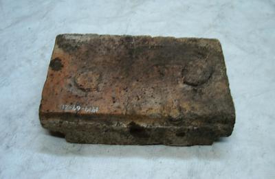 1979-069-021