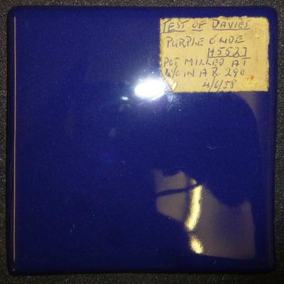 1977-038-037