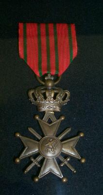 "2007-015-003; medal; ""Croix de Guerre"""