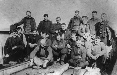 P20427; Spitsbergen workers