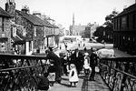 Grahamston Bridge, Vicar St, Falkirk. View towards Grahams Rd.