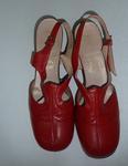 shoes; woman's